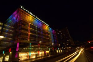 hospital-facade-at-night-low