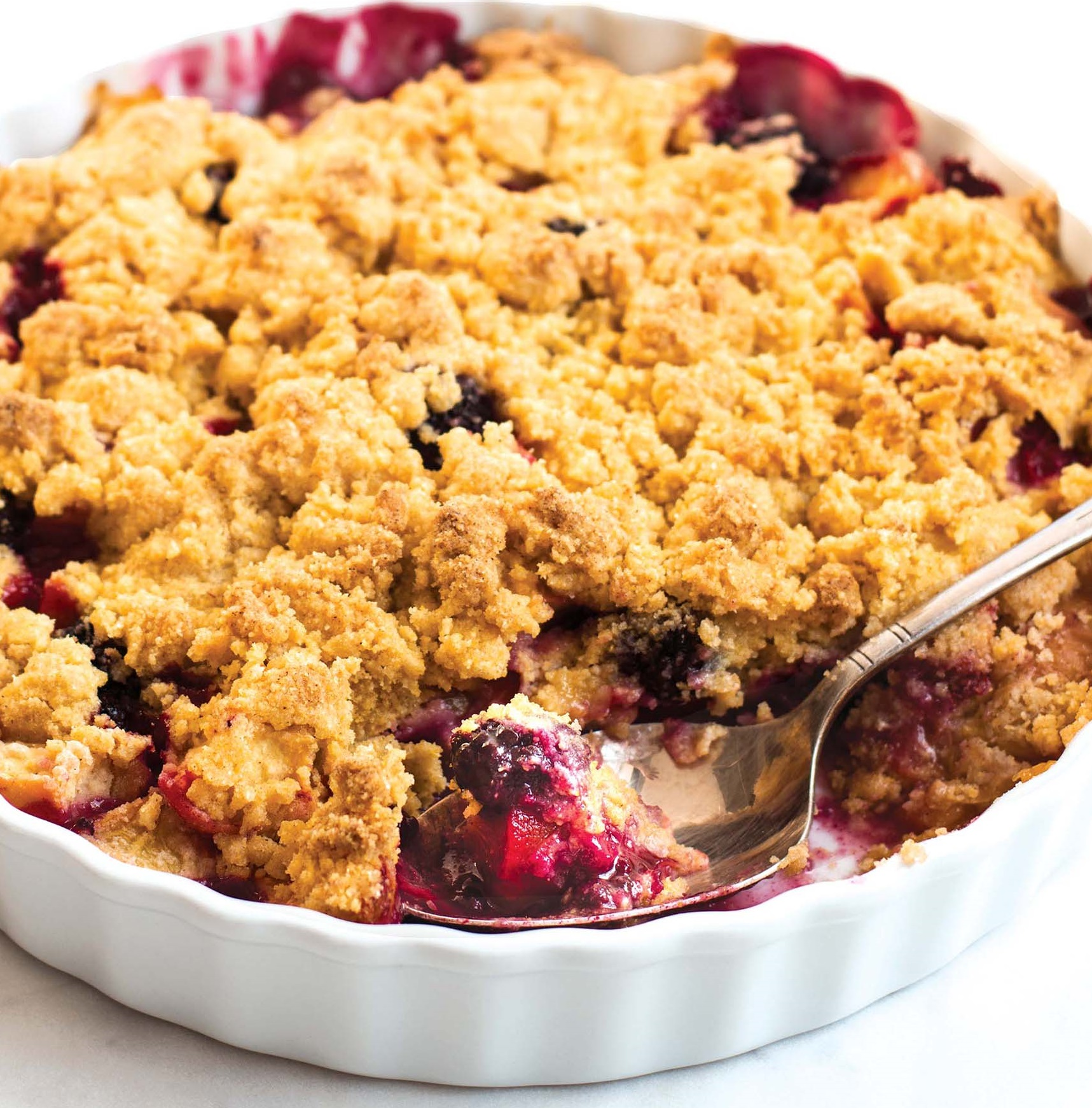 Peach and Blackberry Cornmeal Crumble | Allergic Living