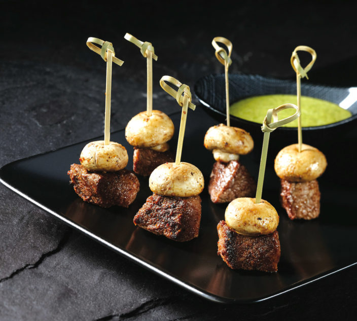 Steak mushroom skewers