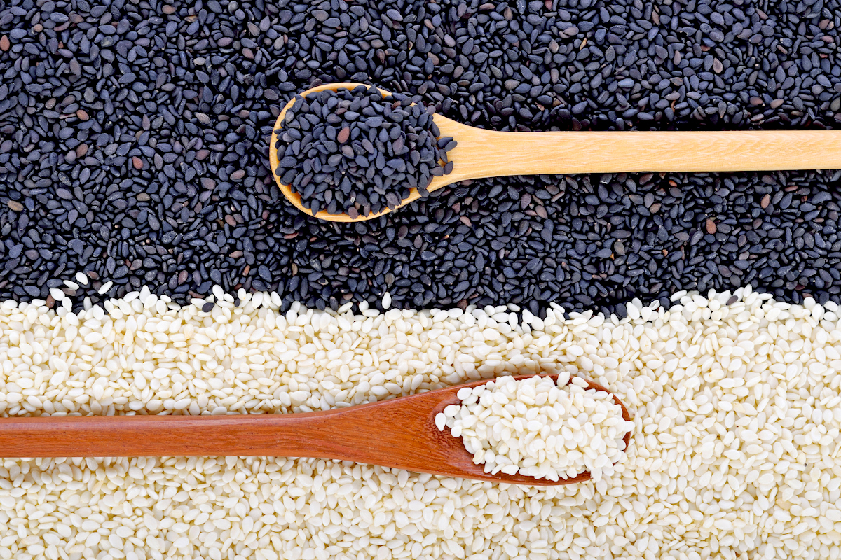 Black and white seed sesame